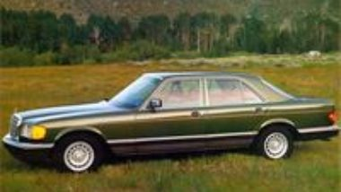 This guidebook for Mercedes Benz W126 1979 1980 1981 1982 1983 1984 1985 1986 1987 1988 1989 1990 1991